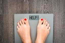 Una sana alimentazione: cosa fare con i chili di troppo?